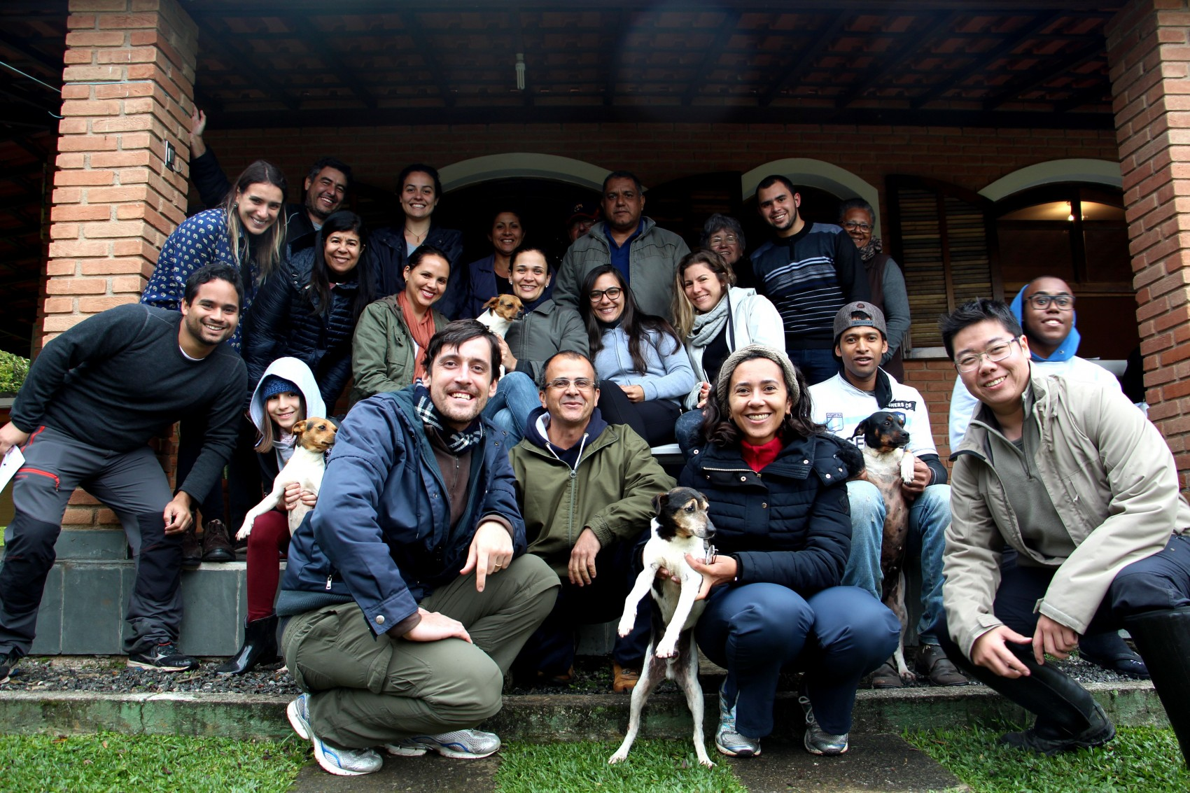 Turma do XXXII Curso de Identificação em Campo das Famílias Botânicas da Mata Atlântica, realizado entre os dias 01 e 02 de julho de 2017. Juquitiba, SP, Brasil.