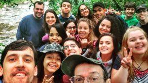 Figura 11. Rodrigo e seus alunos do curso de Biologia da UNISANTOS. Fonte: arquivo pessoal.